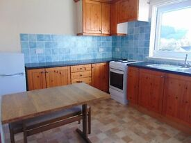 Spacious 2 Bed Furnished Flat available IMMEDIATELY - Ramsay Road, Hawick - £325 pcm