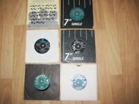 Nice Vintage Collectible Selection Of 6 The Shadows 7 Inch Vinyl Records. 1960/80s