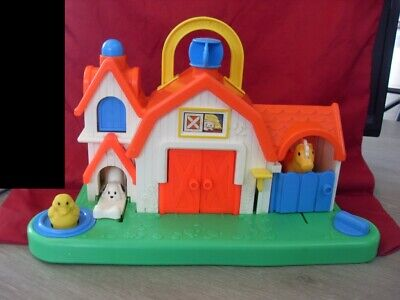 Vintage 1987 Fisher Price Barn Animal Sounds Farm Activity Center #1005 (#3380)
