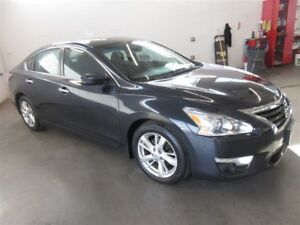 2015 Nissan Altima 2.5 SV- BACK-UP CAM! ALLOYS! HEATED SEATS!