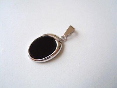 Zierlicher Mini Anhänger aus 835 Silber mit Onyx Scheibe 2,3 g/2,3 x 1,1 cm