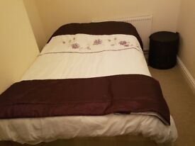 Double room £350 including all bills. Southsea/Eastnet