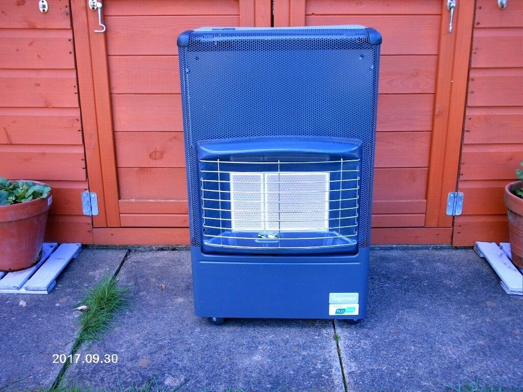 SUPERSER MOBILE GAS HEATER AS NEW WITH GAS BOTTLE