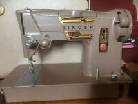 Sewing Machine Singer 328K swing needle model with accessories