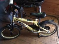 Raleigh kids bike with stabilisers - excellent condition