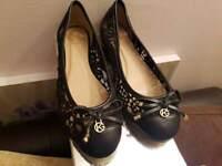 Black Lace Ballerina Pumps Size 37