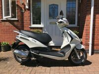 Piaggio Fly 125 3v Scooter 2013 Great Condition - 4121 miles - 1 Owner - MOT