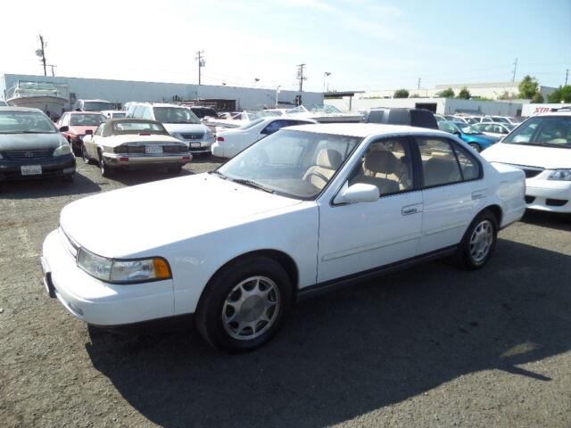 1991 Nissan Maxima Sedan NO RESERVE