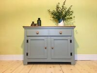 Solid Wood Kitchen Storage Living Room Hallway Cupboard/ Sideboard with Drawer and Doors