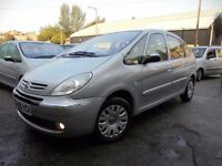 PICASSO 2.0HDI EXCLUSIVE 05 REG IN SILVER JUST HAD NEW CLUTH AND MOT TILL APRIL 2018