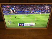 """Toshiba 40"""" White TV 40L1354DB"""