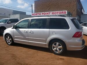 2009 Volkswagen Routan Comfortline No Accidents hard to find VW