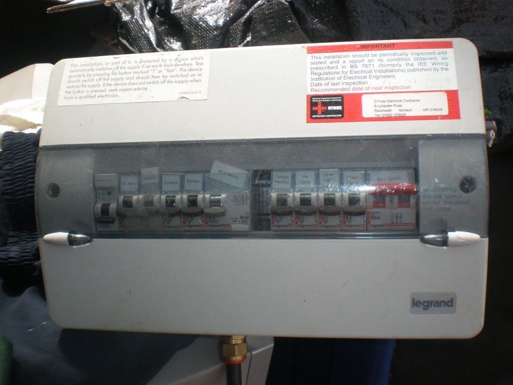 Fuse Box Home Inspection : Fuse box legrand ideal for house garage shed in
