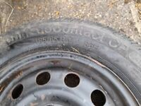 Four wheels with very good condition tyres