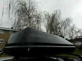 EXODUS BLACK GLOSS 470L ROOF BOX VGC