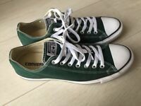 All star green Unisex converse size 10/44