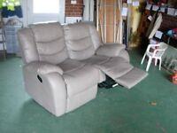 Reclinning sofa
