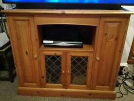 Solid pine TV cabinet / entertainment unit