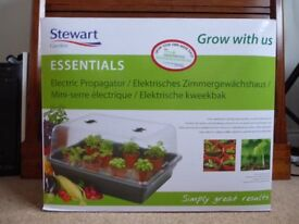Stewart Essentials Electric Propagator – 52 x 40cm - 2 seed tray size