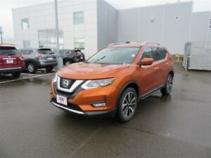 2017 Nissan Rogue SL Platinum, SAVE OVER $5700