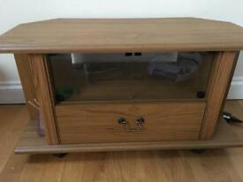 Tv stand (Wood )
