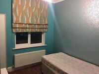 Available 18/11 Coziest room in Cricklewood area