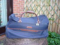 Large capacity wheeled travel bag