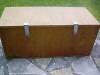 Light wood chest/box