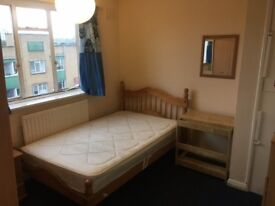 HALF DEPOSIT Large and Small Double - Clapham Junction Available 01/07 £695 / £795 PCM ALL BILLS INC