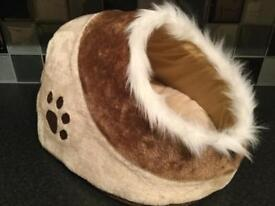 Cat or dog bed/igloo (new)