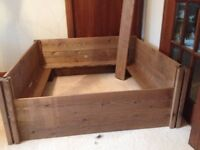 Large wooden whelping box with pigrails, new, never used. .