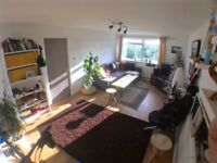 Double bedroom available for short term let - APRIL 2018 - North Finchley