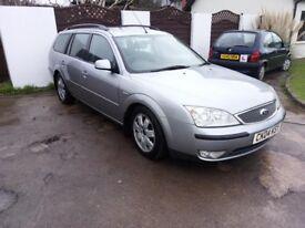 04 Plate Ford Mondeo 2.0 litre Petrol Estate. MOT June 18, Super condition just £450 ovno.