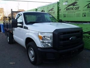 2013 Ford F-250 FORD F250 2013 **SUPER DUTY à PLATE-FORME** // 2