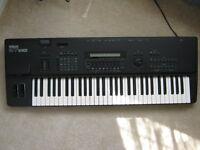 Yamaha SY85 Synthesizer