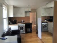 Studio flat for rent in Willesden Green NW2 £880 for month all bills included.