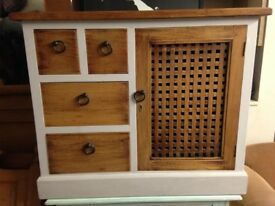 SOLID MEXICAN PAINTED PINE T.V UNIT/MEDIA UNIT VERY NICE SOLID PIECE FREE LOCAL DELIVERY 07486933766