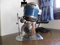 Eastman 334U 5 1/4 inch circular blade cloth cutting machine