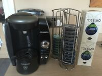 TASSIMO BOSCH coffee machine. IMMACULATE hardly used. Built in brita water filter. Top model +extras