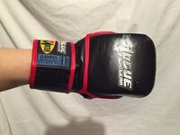 Grappling gloves - large kids - Rogue fightgear