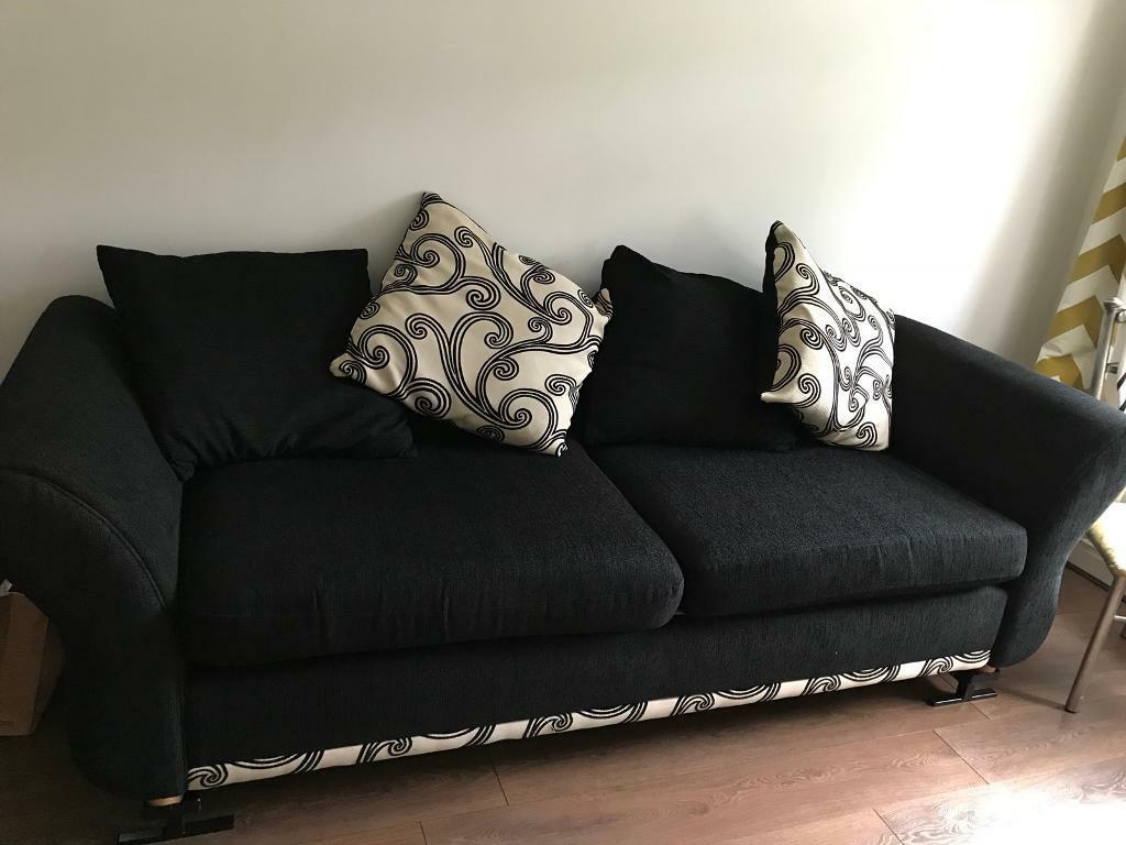 Sofa in excellent condition