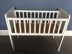 Mothercare Hyde baby crib, white wooden