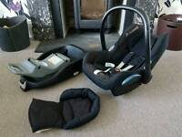 Maxi-Cosi car seat and base