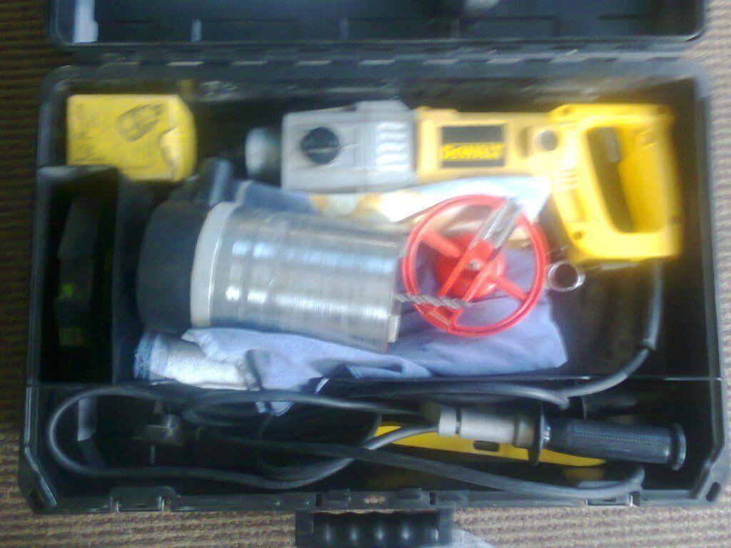 240v Dewalt Power Drill with 5 inch core bit