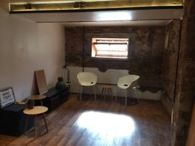 A private office available: Ideal for interior designers or architects