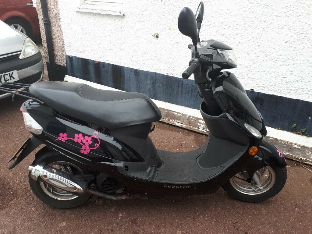 2017 Scooter Peugeot V Clic 50cc In Good Condition Mot 09 19 Low Milage 7k