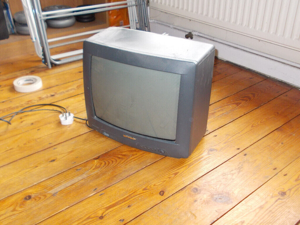SHARP TV: Old style CRT (11