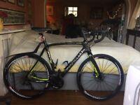 Pinarello FCX Hydro never used. Black/ yellow