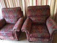 2 seater settee and 2 armchairs - Excellent condition