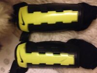 Nike shin pads guards good condition size small